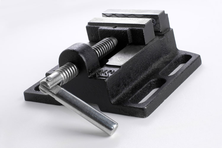 Bench vise uses
