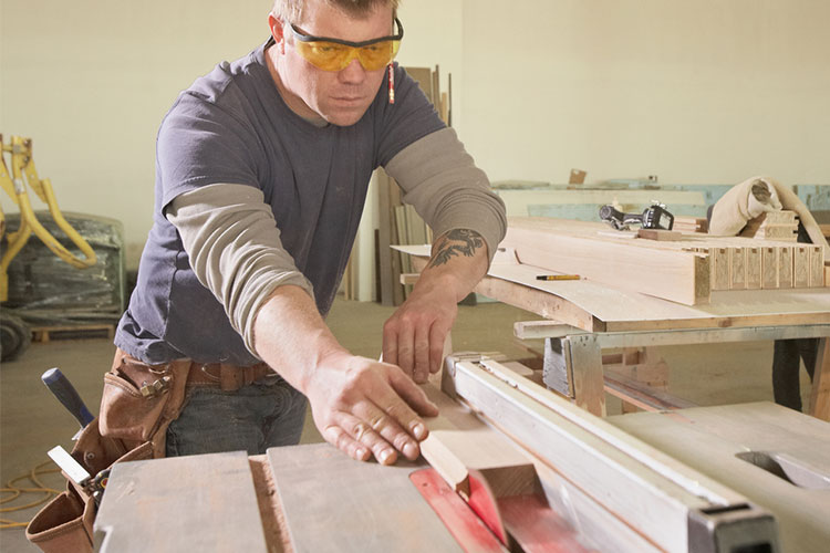 Innovative Table Saw Projects for Beginners & Advanced DIYers