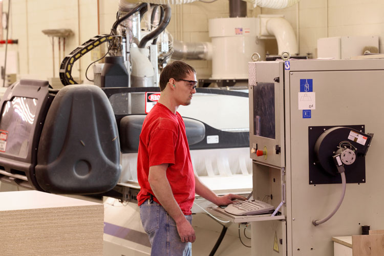 How to Operate Your CNC Machine – Step -by-Step Guide with Safety Tips & FAQs