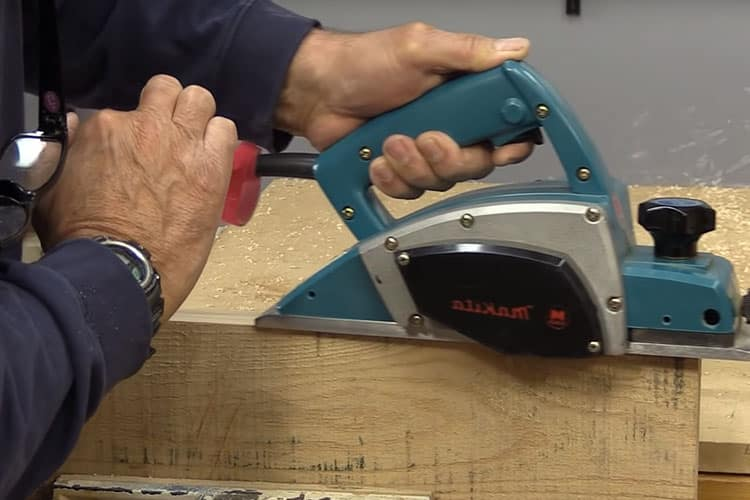 How Does A Planer Work? Your Guide to Achieve Excellence