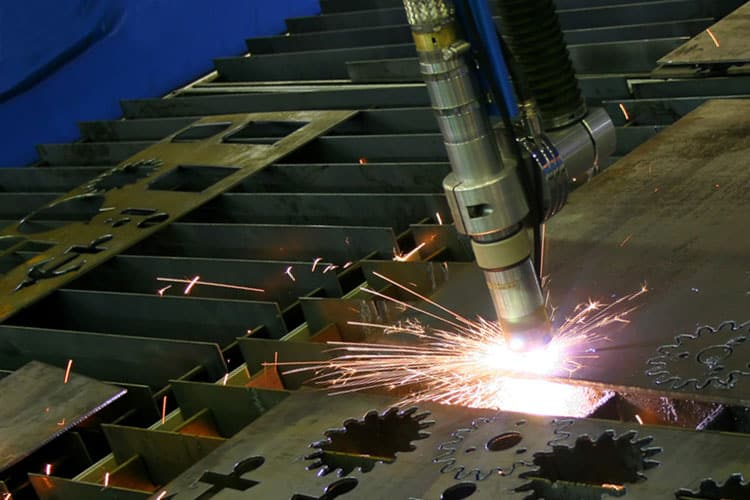 A Complete Guide to Cutting Aluminum with Plasma Cutter