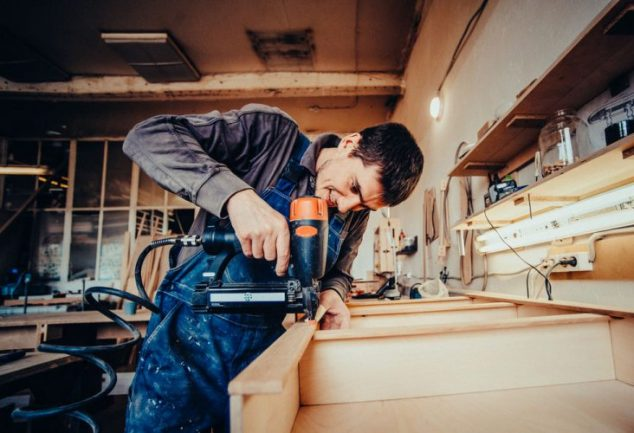 16 Different Types of Nail Guns – A Quick Guide to Your Options