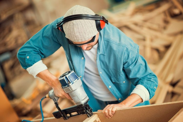 How to Load a Nail Gun : The Simplest Guide Prepared by Experts