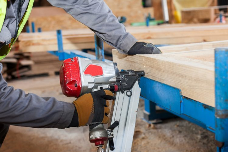 Framing Nailer vs Finish Nailer: Pros, Cons & Comparison Chart