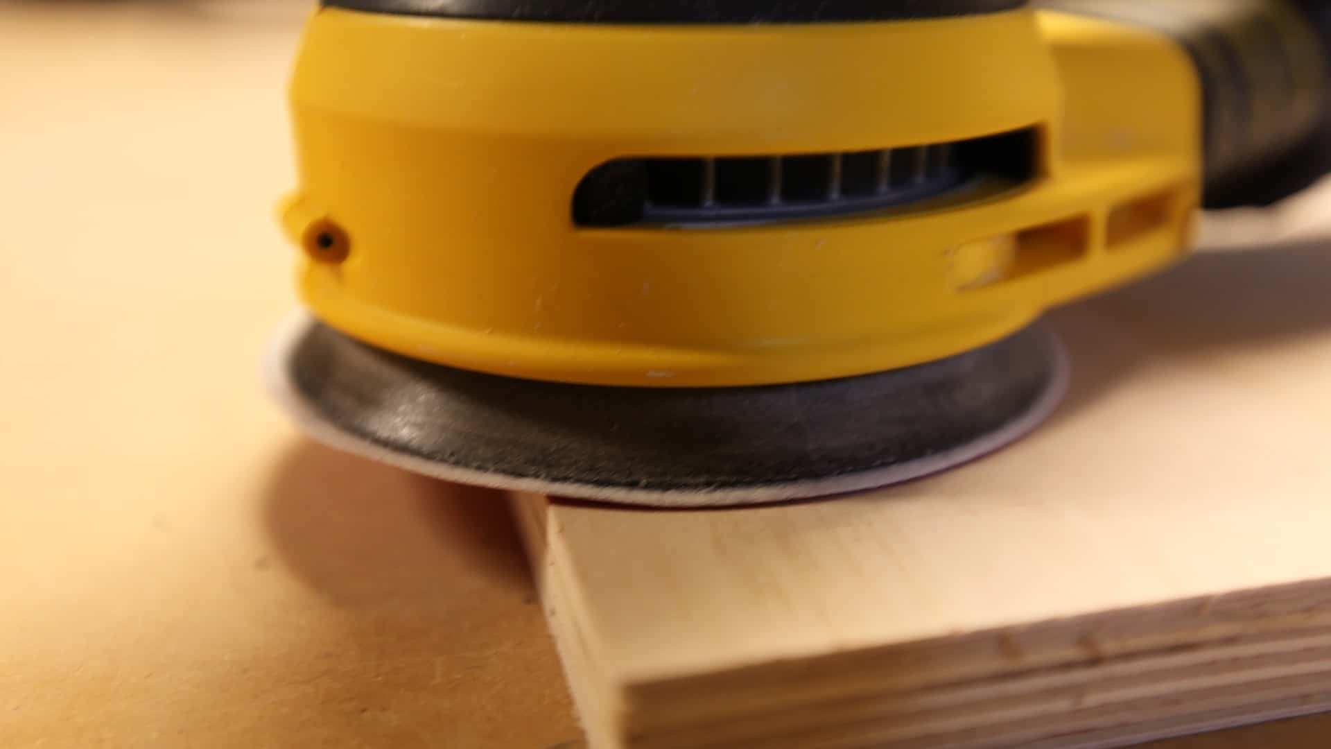 How To Use A Random Orbital Sander: Sanding the edges