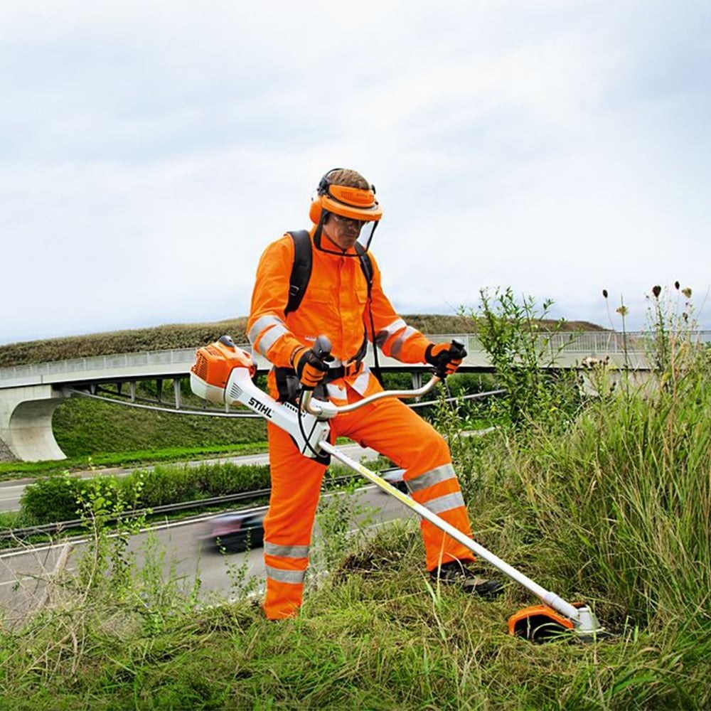 How to Use a Brush Cutter: Personal Protective Equipment (PPE)