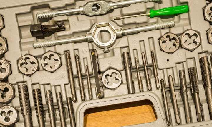 How to Use Tap and Die Set the Right Way